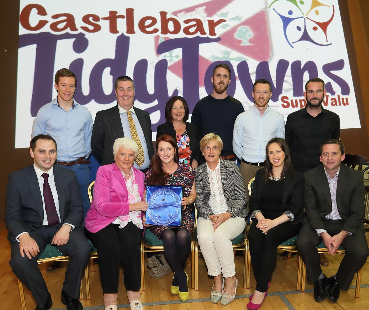 Eleanor Durkan, (2nd from left) presents the Liam Durkan Community Endeavour award to Helen O'Hara of Love Castlebar at Castlebar Tidy Towns presentation night 2014